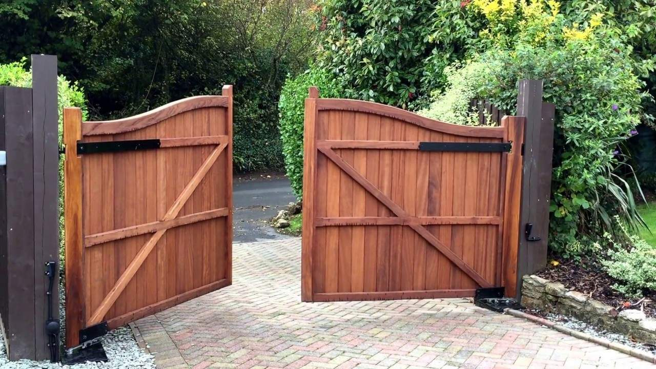 Wood Swing Gate: A Way Of Enhancing Your Property