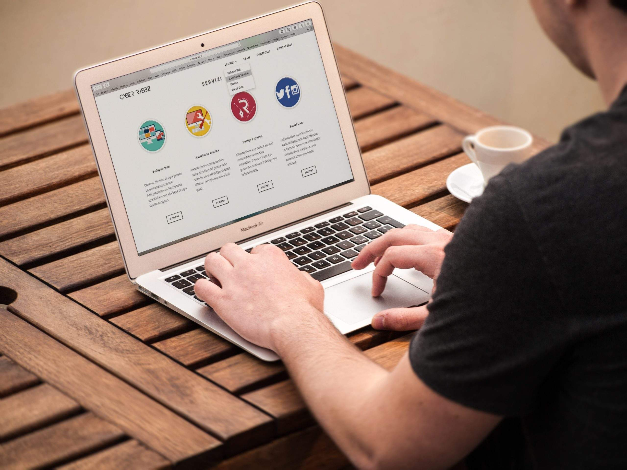 Top 7 Web Design Trends That Will Surely Dominate the Future