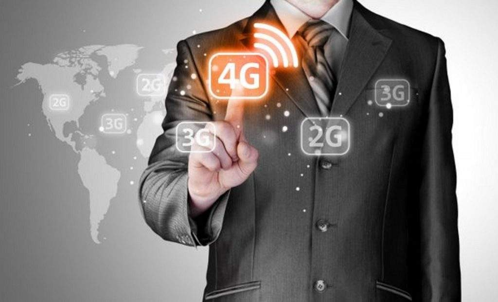 Why You Need A 4G Signal Booster for Your Phone