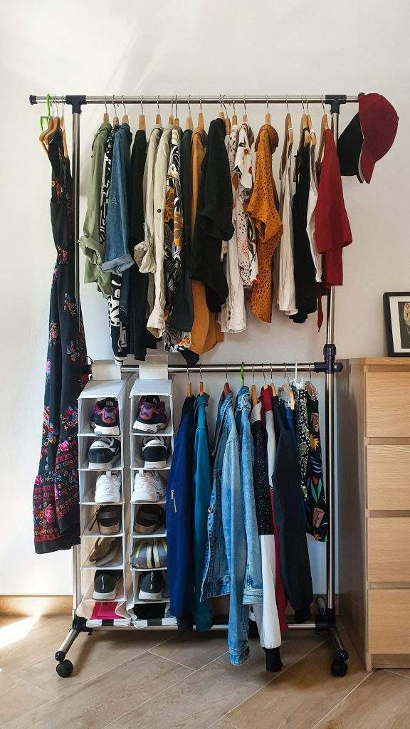 Manage Your Messy Wardrobe